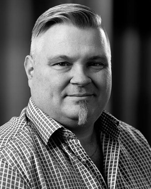 Åke Andersson, säljare på Gardinfabriken.